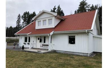 Uppsala - Villa ca 150 kvm 2 badrum mindre uppvärmd pool  - 7877
