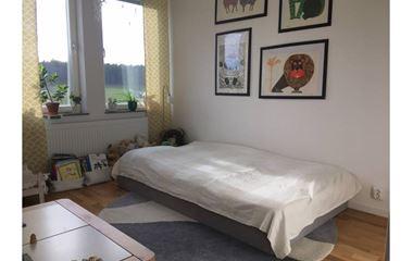 Uppsala - Familjevänligt radhus för 6-8 personer i Håga - 7923