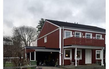 Uppsala - Hus i Flogsta, närhet till Nåsten - 7989