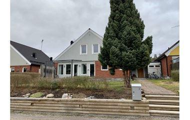 Uppsala - Hus med åtta sängplatser mitt i O-ringenområdet - 8020