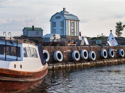 Båtutflykt till Kobba Klintar, bo på hotell Cikada