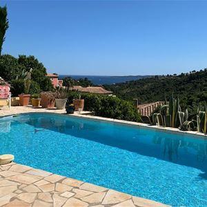 Villa avec vue mer et piscine adaptée