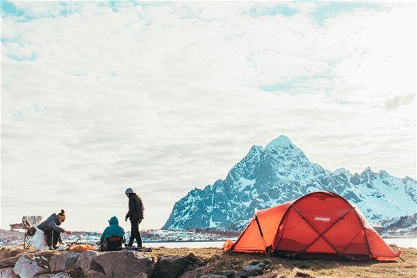 @stineogjarlen,  © Skårungen AS, Utsikt fra teltet