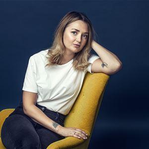 Caroline Andersson, BLÄCK författarscen: Elin Persson