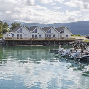 © Camp Solbergfjord, Hyttene