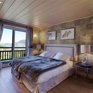 5 ROOMS 8 PEOPLE / CHALET CORTINA (MOUNTAIN OF EXCEPTION) / Tranquillity Booking