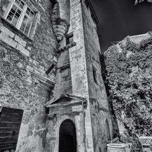Chateau à Aurons