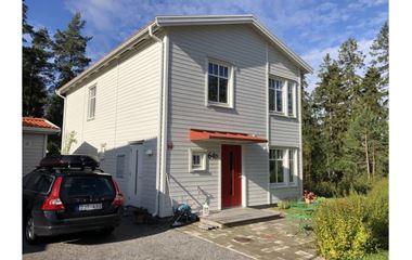 Knivsta - 4-6 bäddar i naturnära hus i Alsike/Knivsta - 8060