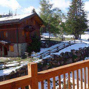 2 pièces 4 personnes skis aux pieds / LE BELVEDERE (montagne de charme) / Séjour Sérénité