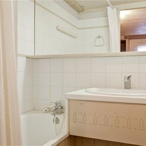 3 rooms 6 people / LES BRIGUES B548 (Mountain of Charme) / Tranquillity Booking