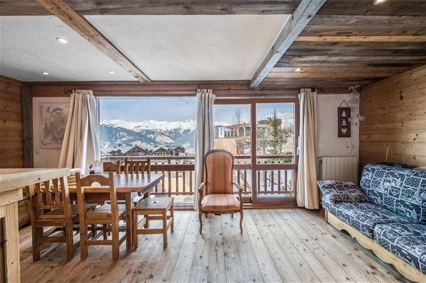 1 Studio 4/5 people ski-in ski-out / RESIDENCE 1650 52 (Mountain of Charm)