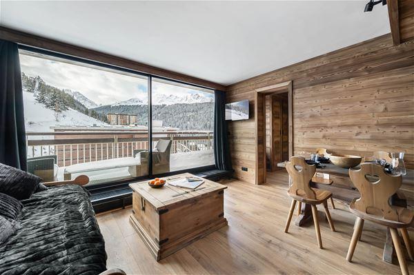 2 pièces avec coin montagne 5 personnes skis aux pieds / OURSE BLEUE 903 (Montagne de Charme) / Séjour Sérénité