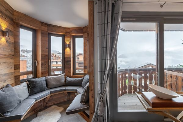 4 rooms 6 people ski-in ski-out/ CIMES BLANCHES 102 (mountain of charm) / Tranquility booking