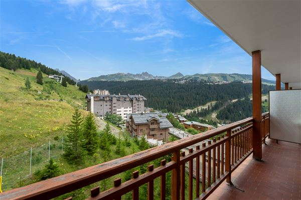 1 STUDIO 5 people ski-in ski-out / LA RESIDENCE 1650 9W / Tranquility booking