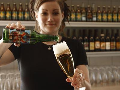 Ålandsresor: Ölprovning på Pub Stallhagen