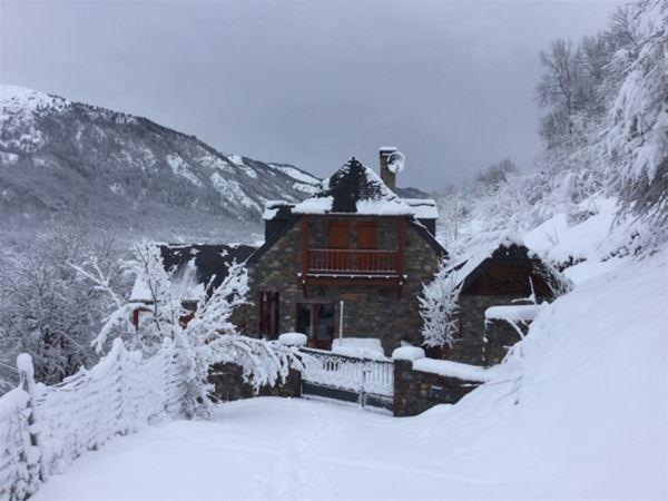 """© BREARD, VLG182 - """"Le Pradios"""", maison de caractère en pierres avec vue panoramique"""