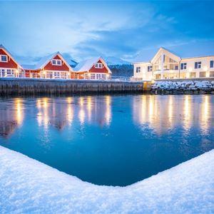 © Senja Fjordhotell, Senja Fjordhotell i polarlys