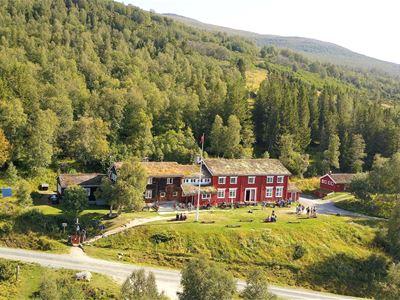 Trekanten i Trollheimen; Jøldalshytta - Trollheimshytta - Gjevilvasshytta
