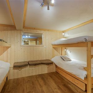 2 rooms and a cabin 4 to 6 people / BORGIA 1 (mountain)