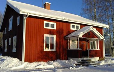 Hus i Söromåsen, 2 mil från Järvsö