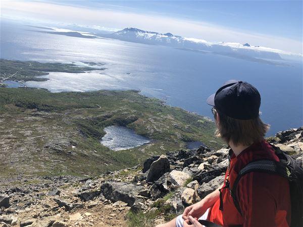 © Skrolsvik Kystferie, Utsikt fra fjelltopp