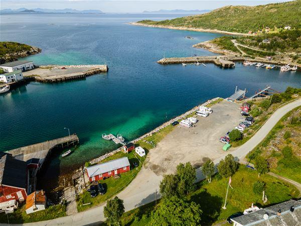 © Skrolsvik Kystferie, Dronebilde Skrolsvik Kystferie