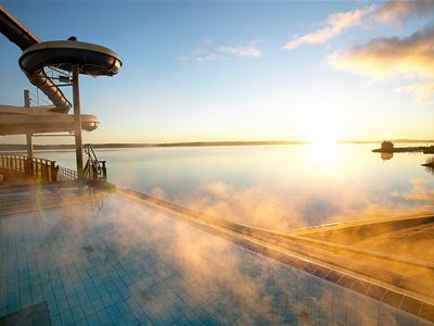 Autumn20: Visit a Swimming Centre and stay overnight at Park Alandia hotel