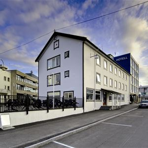 © Finnsnes Hotell, Utsiden av Finnsnes Hotell