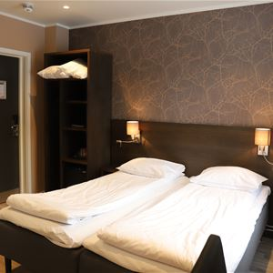 © Finnsnes Hotell, Double bed