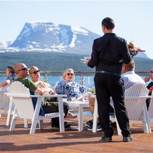 © Malangen Resort, Uteservering på Malangen Brygge