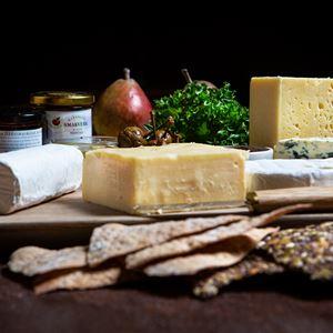 Ostvecka med åländska ostar i Smakbyn
