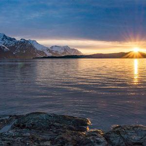 Aurora Adventure AS,  © Jem Burrows Nightscape Photography, Midnight Sun
