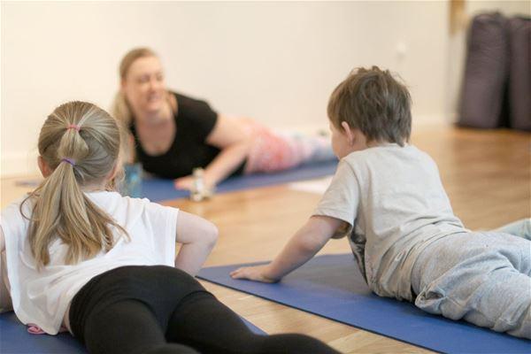 Anpassad aktivitet - Yoga på Studio Karma
