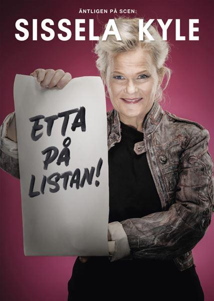 © Copy: https://www.scalateatern.se/forestallning/etta-pa-listan/ , Kvinna visar upp lista
