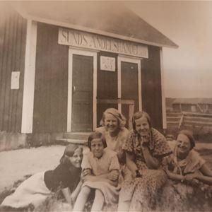 Sommarutställning på Sunds bibliotek: