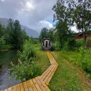 Maria Salamonsen, Brennfjell camping