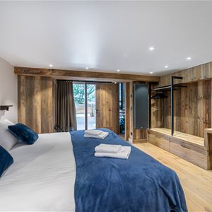 5 ROOMS 6 ADULTS AND 2 CHILDREN / CHALET HERMETIERE / Tranquillity Booking
