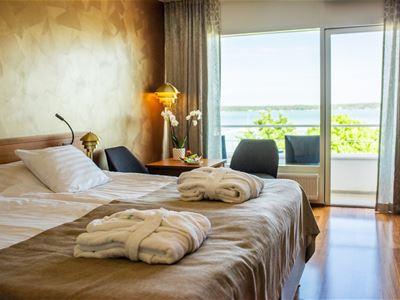 Bo vid havet mitt i Mariehamn