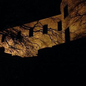 Spökvandring i slottsruinen
