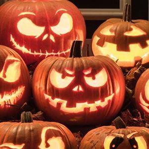 Halloween-maskerad och dans till Conny Henrix på restaurang Seagram
