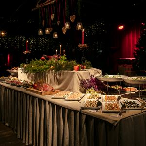 Ravintola Brasserien joulupöytä