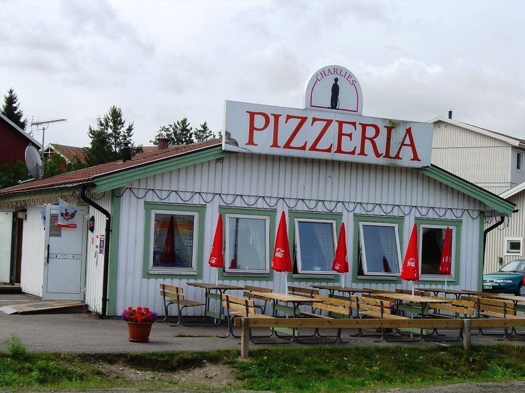 C.E.U.,  © C.E.U., Charlies Pizzeria, Gnarp, Nordanstigs kommun, Hälsingland