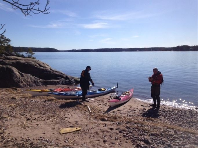 Grundkurs i kajakpaddling på STF Vaxholm/ Bogesunds slottsvandrarhem